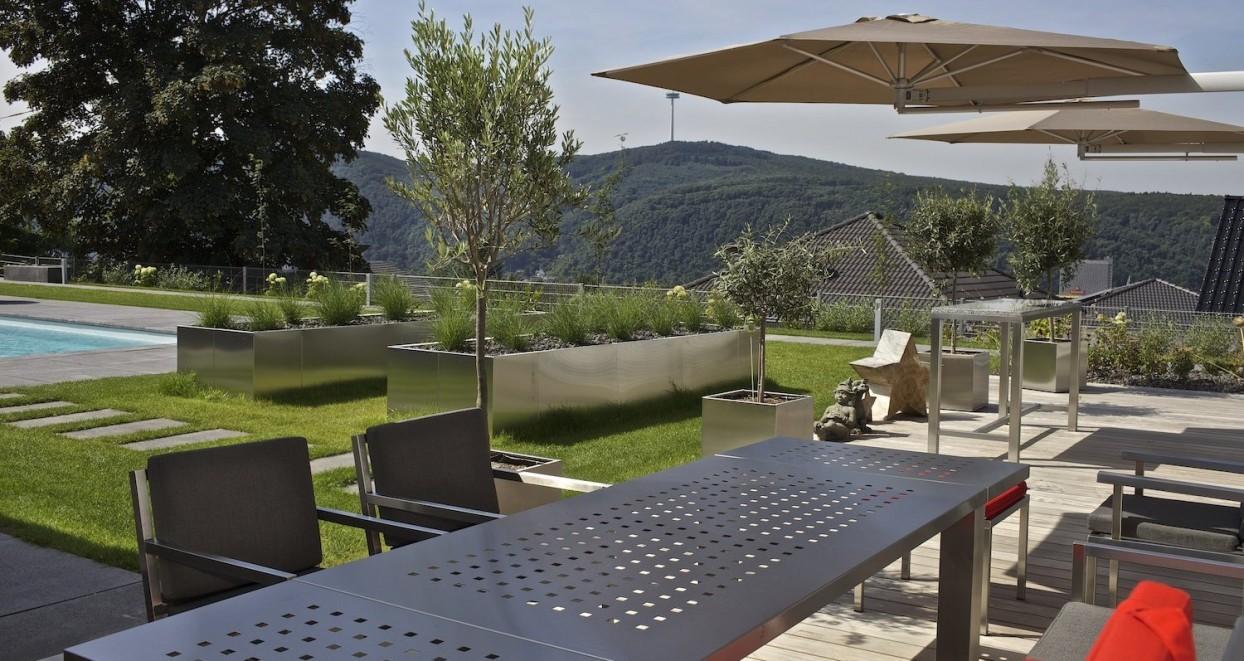 Exclusieve tuin met zwembad Duitsland (4)
