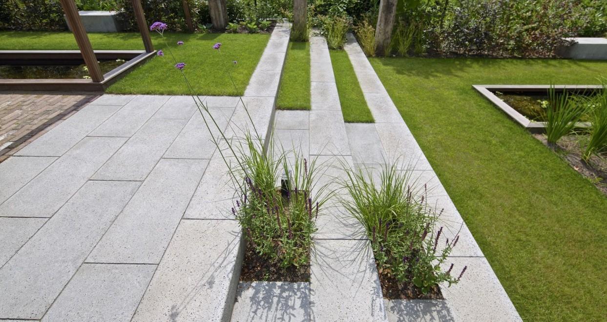 Tuin met hoogte verschillen (1)
